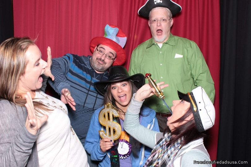 Book the best photo booth in dfw